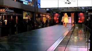 Retro Clothing Fashion Show