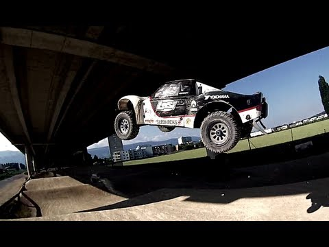 Losi 5ive-t HARD BASHING With Grizzly Racing Modified Motor