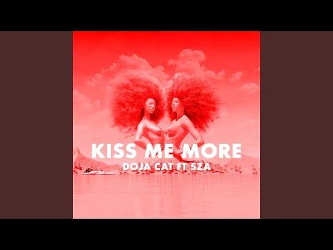 Download Lagu Kiss Me More.mp3