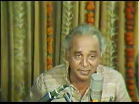 Dr. Vasantrao Deshpande sings a bandish in Raag Maru-Bihag