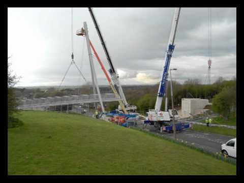 West Common Lane Bridge installation, Sustrans in Scunthorpe