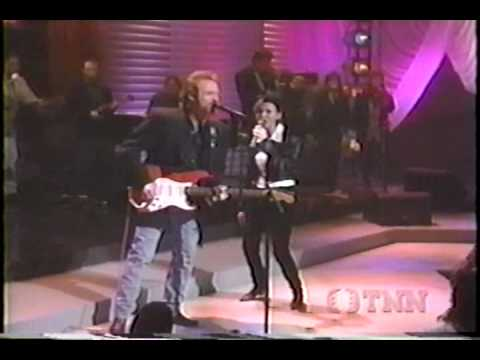 Martina McBride - 03 Swingin' Doors (with Lee Roy Parnell) - Full Speed Ahead
