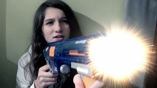 NERF WAR IN REAL LIFE : GIRL VS BOY BROTHER VS SISTER CHRISTMAS WARFARE