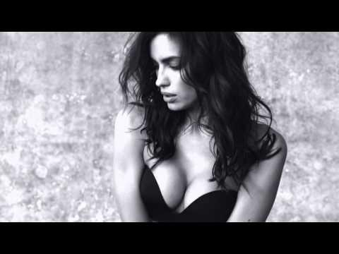 Gioia Bandeau starring Irina Shayk (Eng 30'')