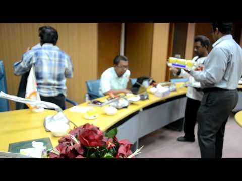 aksi gerakerja di QESHM FREE TRADE ZONE , QESHM ISLAND , IRAN
