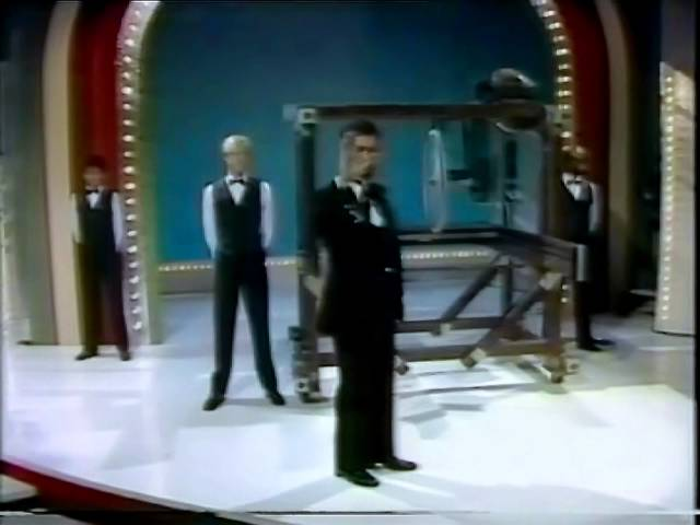 Blackstone Buzzsaw Paul Daniels Magic Show