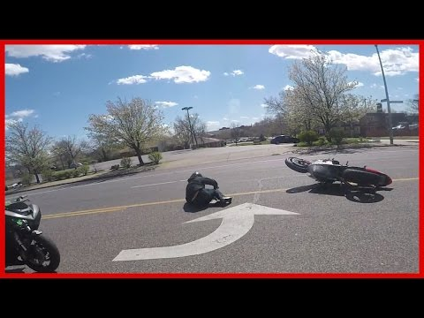 MOTORCYCLE CRASH Rider Flips Motorcycle Over Trying To WHEELIE 2016 Stunt Fails