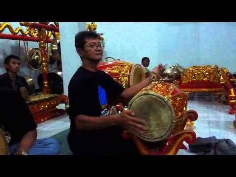Gunawan- Ladrang Rujak Jeruk Slendro Manyuro