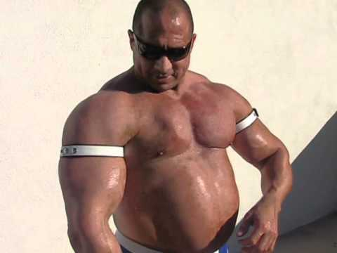Gay Superheavyweight Bodybuilder Muscle Gainer Tony Maxim video