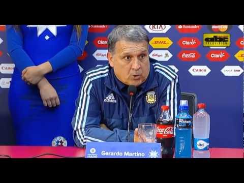 Gerardo Martino y Lionel Messi - Paraguay 2 vs. Argentina 2 - Copa América 2015