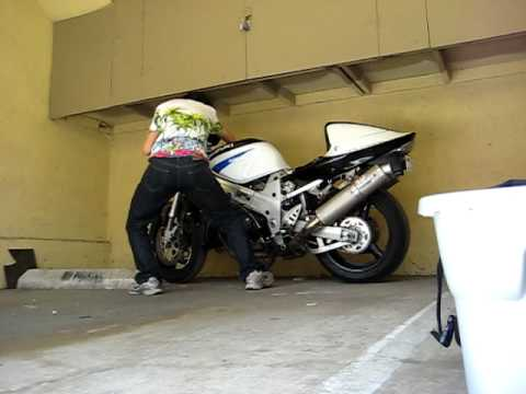 Bike History Report No Cost 02 Suzuki Tl1000r suzuki tl r trying to move