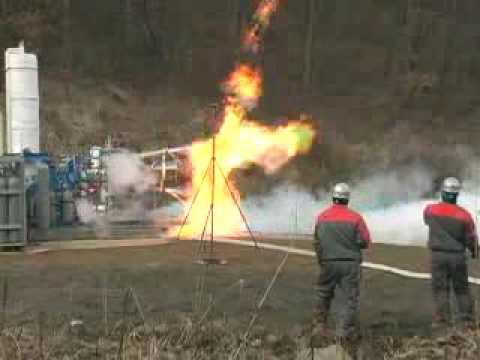 韓国型ロケットの75トン液体エンジンが初めて火を噴いた 最初の燃焼試験は1.5秒間