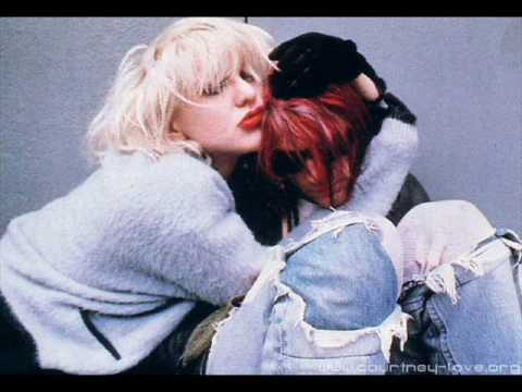 Courtney Love ft. Kurt Cobain - Asking For It || Subtitulado al español.