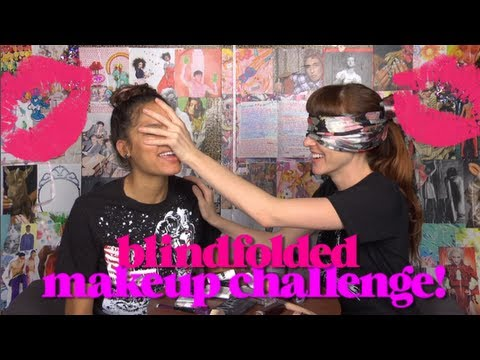 Blindfolded Makeup Challenge With Emotistyle!