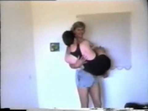 6'2 Russian Cradle Lifts 5'7 Man.wmv video