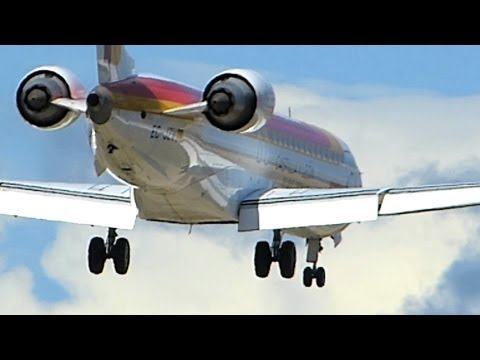 Air Nostrum EC-JZV Strong Wind Landing HD