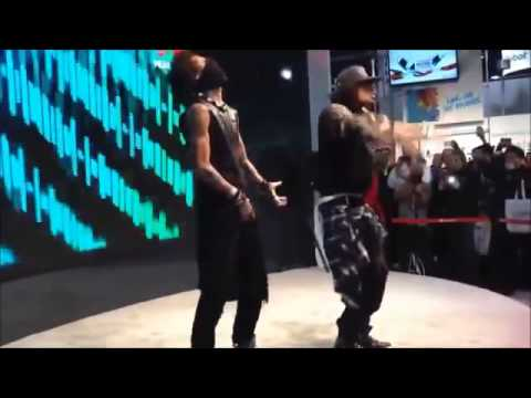 Les Twins Vs Cyrus Glitch CES 2014