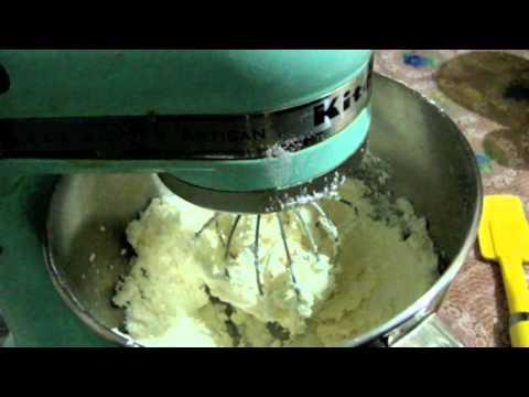 Como hacer betun (buttercream) para decorar pasteles o cupcakes Parte 2/3