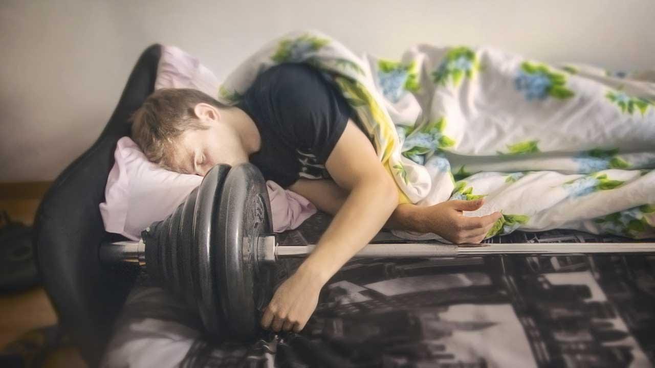 In palestra per dormire o dormire per migliorare in palestra?