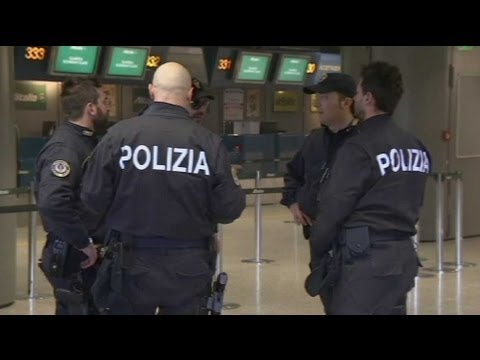 Ivorian sets fire to himself at Rome's biggest airport