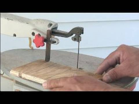 How to Use a Scroll Saw : How to Set the Depth on a Scroll Saw