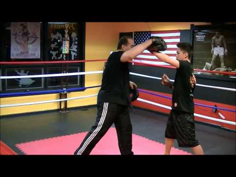 Jeet Kune Do Western Boxing Combination! Image 1