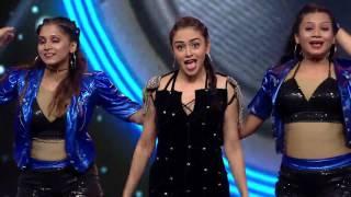 Download Lagu Amruta Khanvilkar Filmfare 2016 Performance Gratis STAFABAND