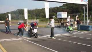 2012.10.07 KMRC SS1/32Mile Scooter drag race 本戦