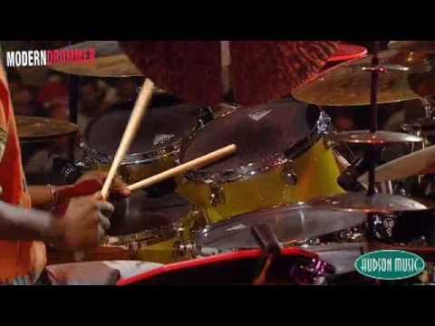 Will Calhoun at Modern Drummer Fest 2008 (New footage)