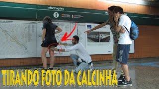 TIRANDO FOTO POR BAIXO DA SAIA