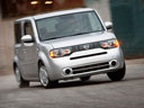Cooler than Scion?  Nissan Cube S Full Test