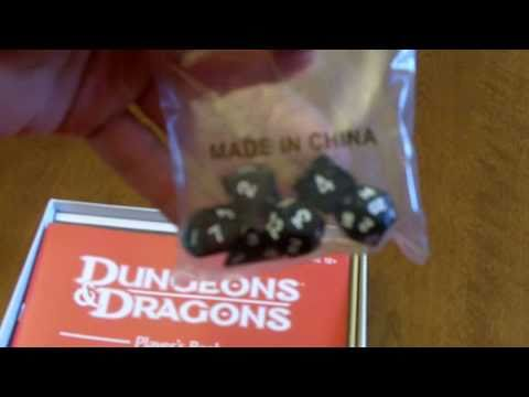 Unboxing New 2010 Dungeons & Dragons Starter Set