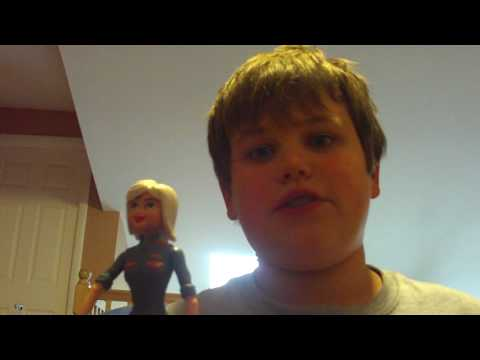 monsters vs aliens ginormica toy review