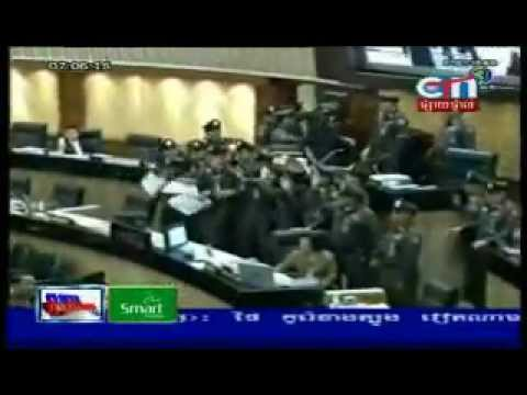 Thai parliament chaos !!!