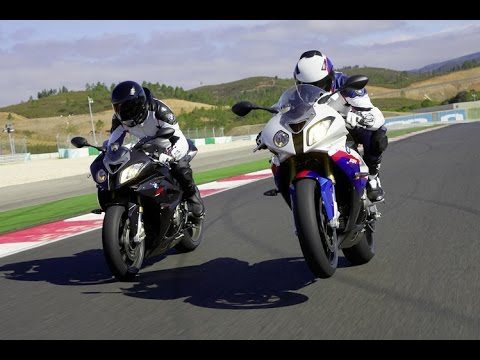Bmw S1000RR Vs S1000RR HP4 Top Speed - How to Die FAST