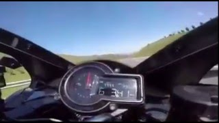 Kawasaki H2R  top  speed   356 km/s /road  traffic