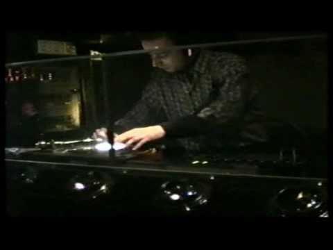 D.J. ALBERTINO (discoteca OCEANO  – Trapani 1991)  ( 1a parte ).mp4