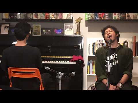 Download Baskara Putra - Berita Kehilangan feat. Tristan Juliano Piano Version Live 13/02/2019 Mp4 baru