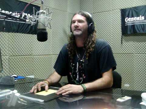 YAMPY haciendo radio en Argentina...locutor en Radio GENESIS FM 97.1 d Sanjo!!