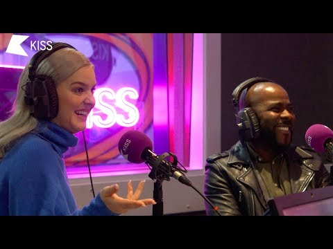 Download Anne Marie Talks Being Naughty with Shawn Mendes, Meeting The Queen and Speak Your Mind! 😜 Mp4 baru