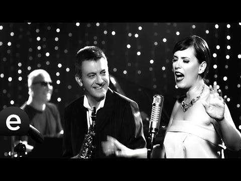 Üç Kalp - Kürşat Başar feat. Yeşim Salkım