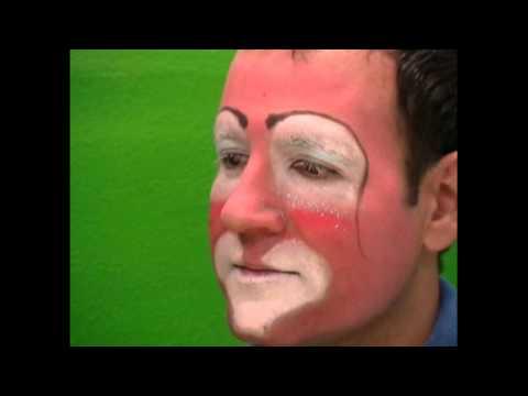 Como maquillar a un payaso Agusto. 4/4.  Comando Águila Niños Amistad