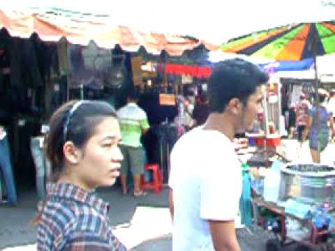 360 degree view of Chatuchak market.