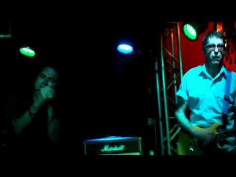 EAST BAY RAY&the Killer Smiles @ Slidebar (12/9/10) #5