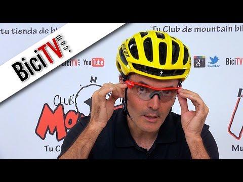 Gafas y casco de bicicleta. Consejos, seguridad y buen uso