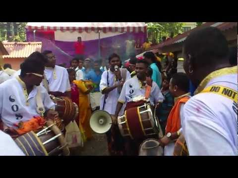 Om Sri Raja Muniswarar Urumi Melam 2012 New video