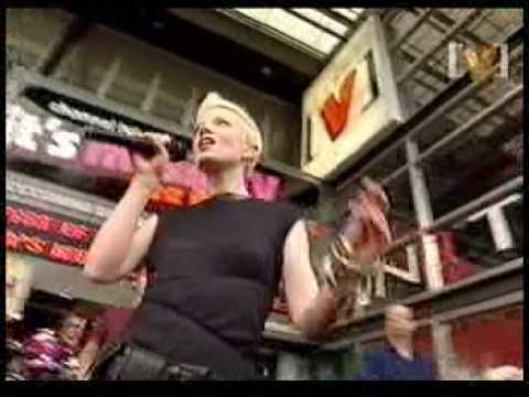Garbage - Androgyny (Channel [V]HQ 2002)