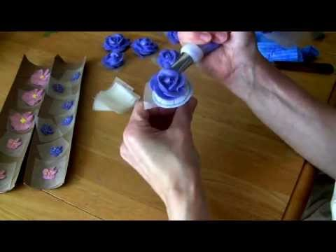 Cake Decorating Rose Nail : Cake Decorating: How to Pipe Roses - YouTube