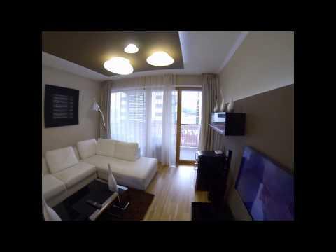 Трёхкомнатная квартира со своим участком и гаражом в Праге