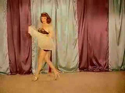 Vicki Vickie Lynn Female Impersonator.  Shemale 1955 video